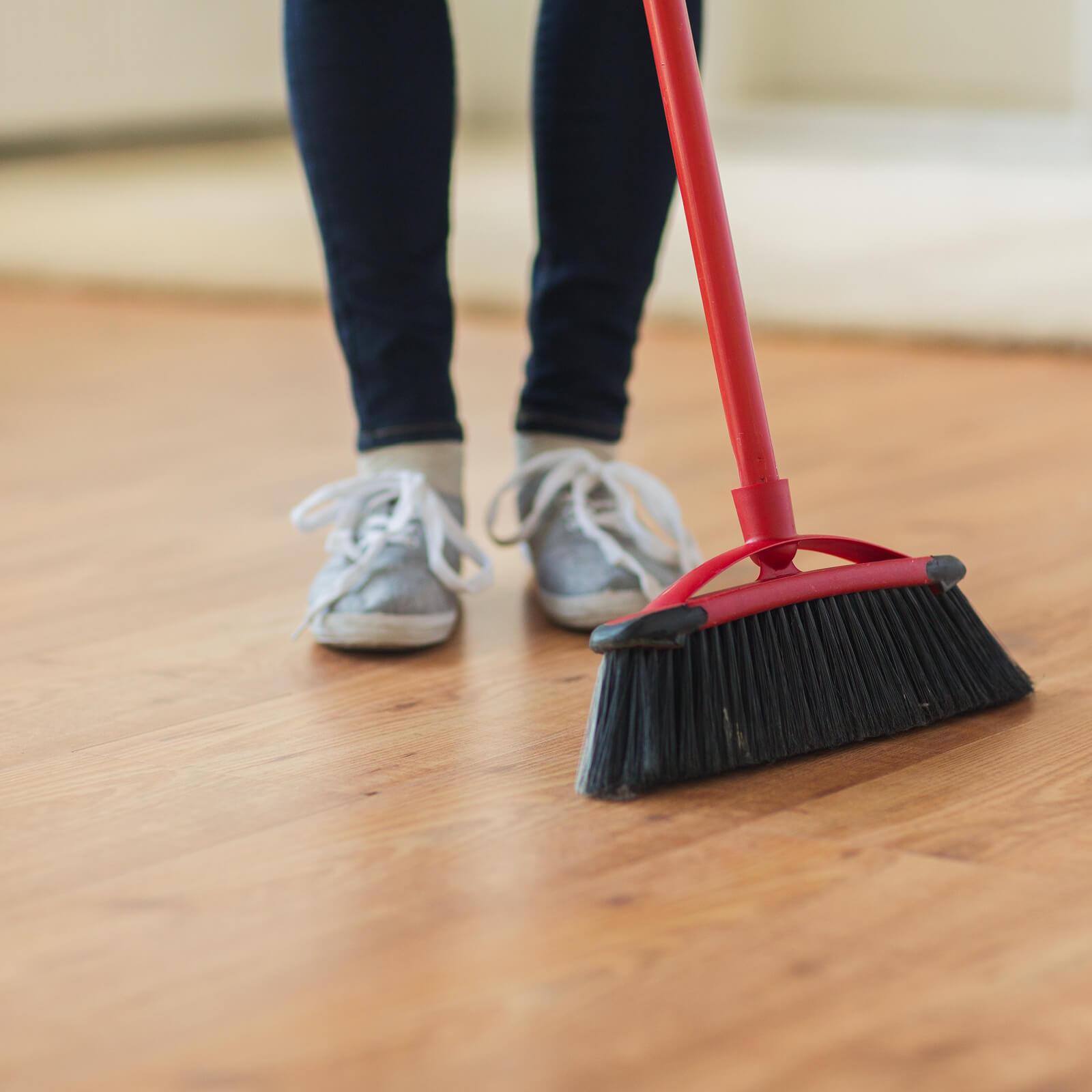 Laminate cleaning | Shoreline Flooring